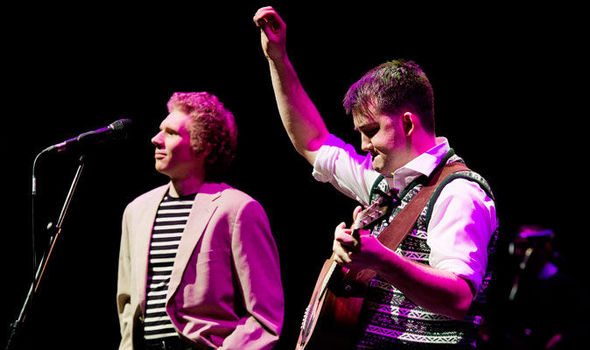 The Simon & Garfunkel Story at CIBC Theatre